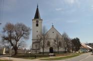 Vojkovice-kostel2013a