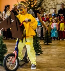 Foto: Dětský maškarní ples ve Vojkovicích