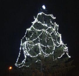 Rozsvícení vánočního stromu ve Vojkovicích