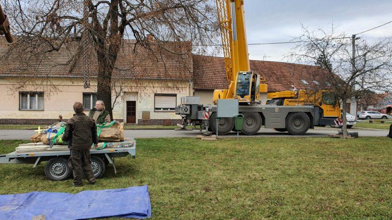 Příprava sochy na transport 12